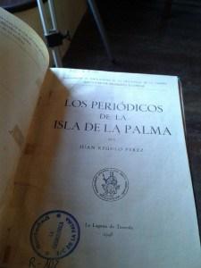 Los Periódicos de la Isla de La Palma (ejemplar de la Real Sociedad La Cosmológica)