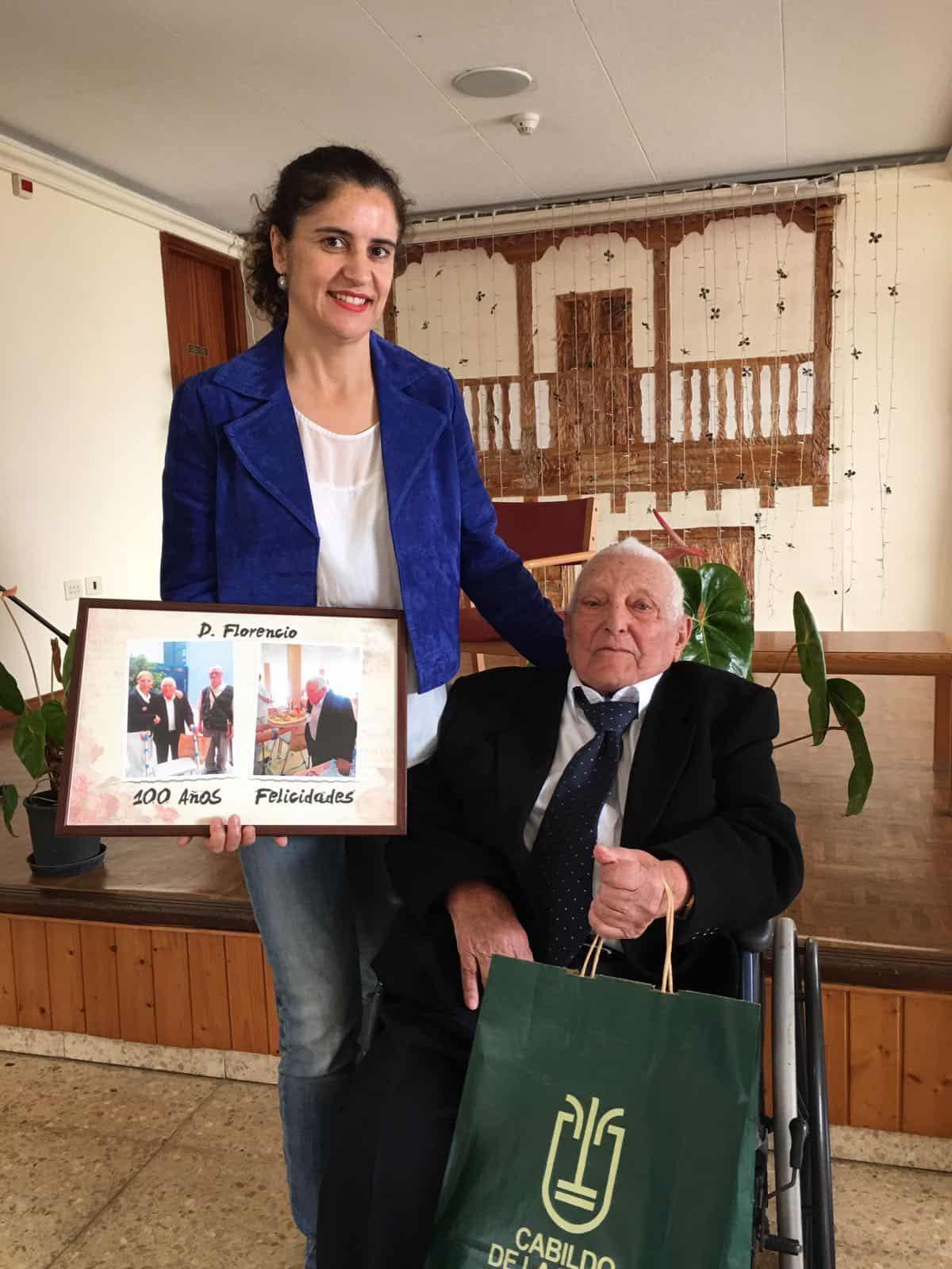 El Cabildo rinde homenaje al garafiano Florencio García Medina por sus 100 años