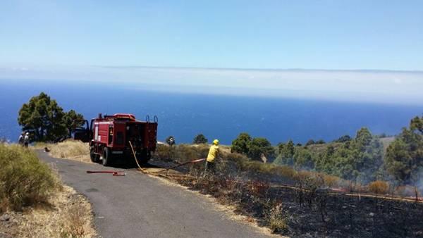 """Martín Taño: """"Si no hubiera sido por los vecinos, ahora estaríamos apagando otro gran incendio en la Isla"""""""